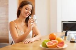 Питье теплой воды после употребления меда