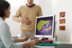 Консультация у врача при гастроэзофагеальной рефлюксной болезни