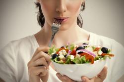 Заглатывание воздуха при приеме пищи