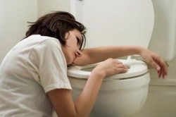 Тошнота при засорении желудка