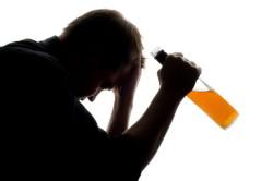 Злоупотребление алкоголем - причина полипов