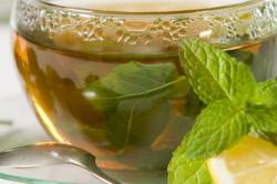 Чай с мелиссой и мятой для лечения отрыжки