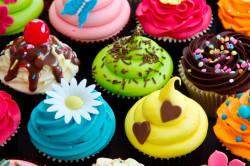 Употребление сладкого - причина вздутия живота у беременных