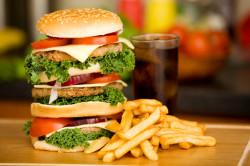 Несбалансированное питание - причина вздутия живота