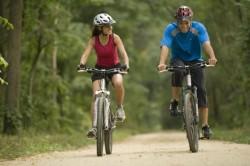 Занятия спортом для избавления от тяжести в желудке