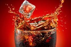 Газированные напитки - причина вздутия живота