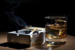 Вредные привычки - причина вздутия живота