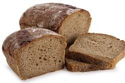 Черный хлеб - причина вздутия живота