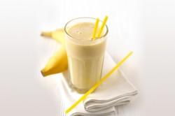 Банановый молочный коктейль при гастрите